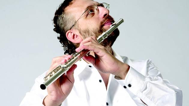 Petr Pomkla, umělecký vedoucí ansáblu Ensemble Lumineux.