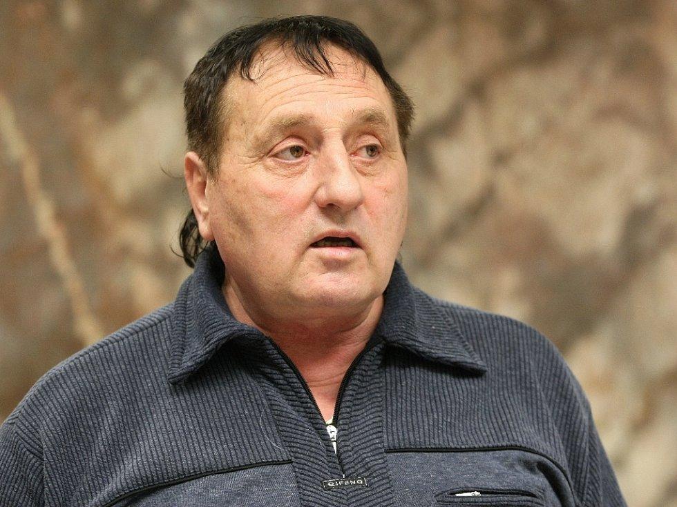 Starosta Vladan Krásný tvrdí, že za kauzou stojí bývalý starosta Starého Lískovce a současný opoziční zastupitel Petr Hudlík (na snímku).