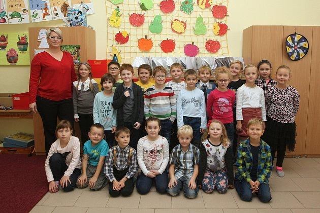 Žáci 1.B ze ZŠ vPohořelicích střídní učitelkou  Janou Rudolfovou.