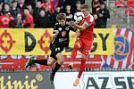 27. kolo FNL mezi domácí FC Zbrojovkou Brno (červená) a FC Hradcem Králové (černá)