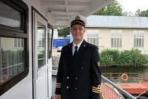 Jakub Švantner jezdí jako kapitán na přehradě v brněnské Bystrci.