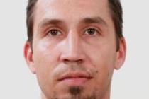 Brněnští kriminalisté pátrají po třicetiletém muži, který se vyhýbá vězení. Tam měl nastoupit kvůli tomu, že neplatil alimenty. Žádají o pomoc případné svědky.