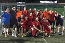 Čeští reprezentanti do 21 let v malém fotbalu zvítězili na turnaji Slovakia Cup v Bratislavě. K triumfu dokráčeli přes výběry Maďarska a domácího týmu, které se chystají na evropský šampionát dospělých v Brně za Lužánkami.