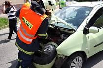 Nehoda motorky a automobilu v Čebíně