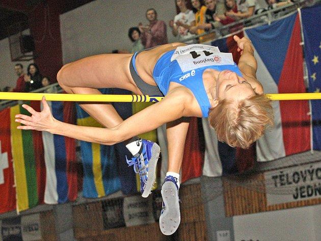 Výškařka Iva Straková.