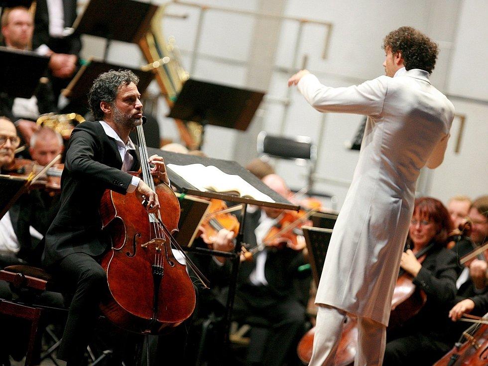Šéfdirigent Aleksandar Marković si dal záležet na dynamických kontrastech.