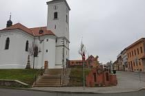 Náměstí Karla IV. v brněnské Líšni.