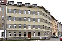 Zrekonstruovaný městský dům v brněnské Podnásepní ulici, který poslouží pro startovací i sociální bydlení.