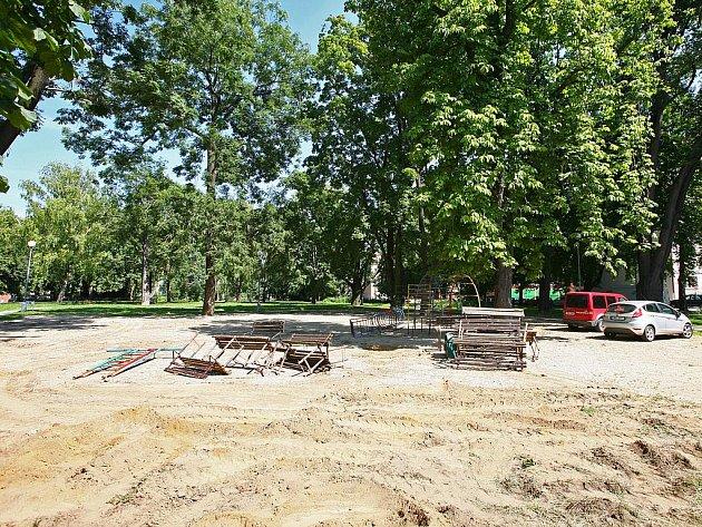 Park v Šelepově ulici čeká rekonstrukce. Ve Starém Lískovci chtějí park vybudovat.