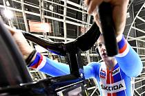 SOUSTŘEDĚNÍ. Dráhový cyklista brněnské Dukly Pavel Kelemen startuje v Minsku každý den v jiné disciplíně.