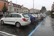 V brněnských Žabovřeskách přibyly další ulice s modrými zónami.