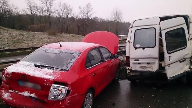 Čtvrteční ranní nehoda na brněnské Hradecké ulici.