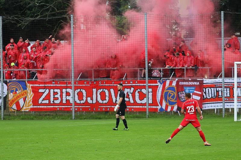 29. kolo F:NL: Prostějov (modro-bílá) - Zbrojovka (červená) 0:0