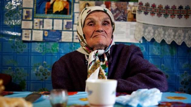 Festival Jeden svět. Plakát k filmu Bábušky z Černobylu.