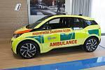 Jihomoravští zdravotničtí záchranáři budou jezdit k pacientům elektromobilem.