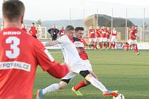 Hráči Brna se stali českými šampiony druhého ročníku DRFG Superligy malého fotbalu. Letošní jízdu celostátní soutěží zpečetili Pod Palackého vrchem domácím triumfem 3:0 nad Pardubicemi.