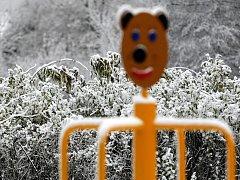 V některých brněnských městských částech ležel na ulicích první sníh.