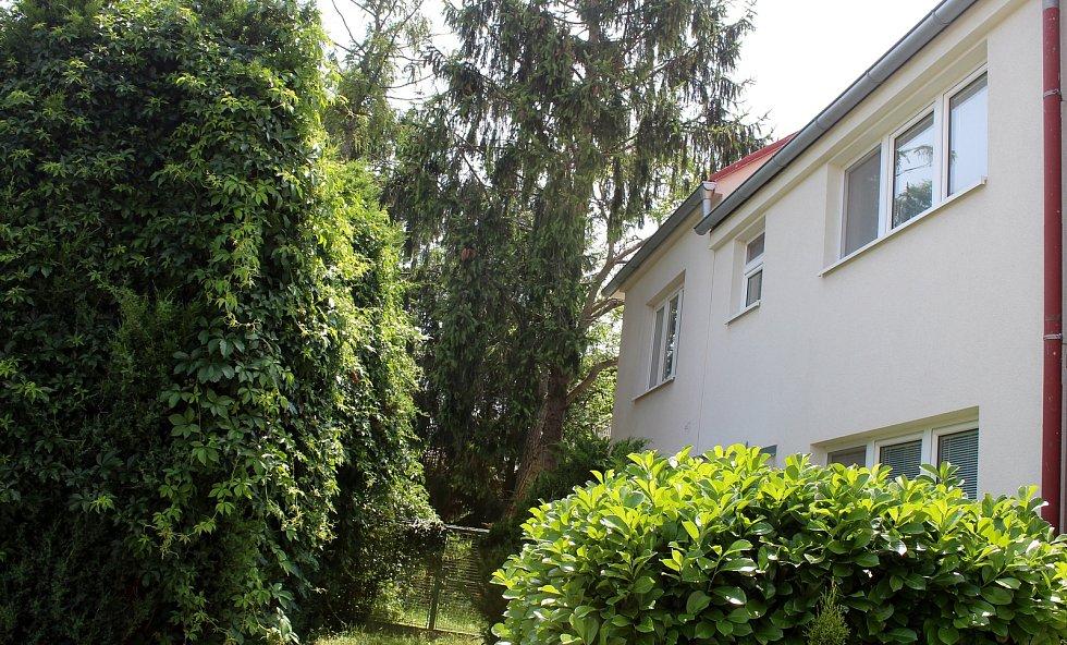 V domě ve Smetanově ulici strávila herečka dětství a mládí.