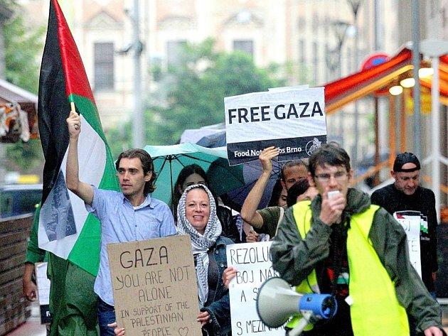 Brnem prošel pochod upozorňující na situaci v Gaze.