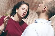 Manželských párů, které většinu sporů urovnají samy bez advokátů, podle právníků přibývá. Dlouhé spory se totiž prodraží.