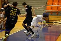 Futsalisté brněnského Tanga porazili pražskou Slavii 3:2.