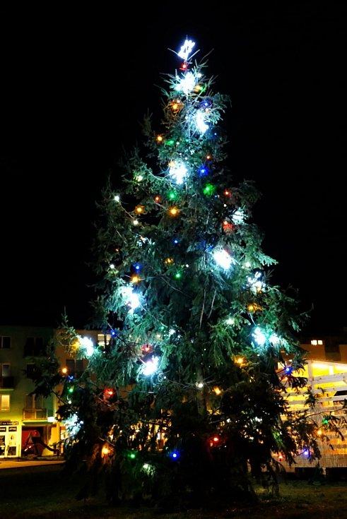 Vánoční strom v Kuřimi.
