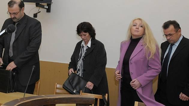 Soud - úplatky v Černovicích