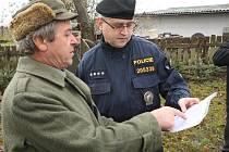 Policie kontrolovala myslivce před honem v Přísnoticích na Brněnsku.