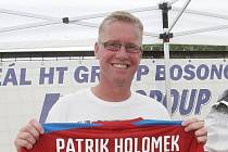 Patrik Holomek.