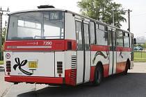 Typicky hranaté legendární autobusy Karosa 700 z Brna zmizí.