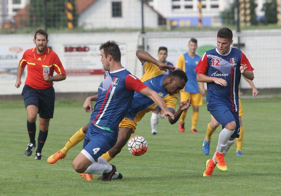 Elán nováčka krajského přeboru stačil na čerstvého účastníka třetí ligy. Fotbalisté Tišnova doma v předkole domácího poháru Mol Cup porazili 3:2 po penaltách Blansko, které mělo ještě v minulé sezoně Tišnov jako farmu.