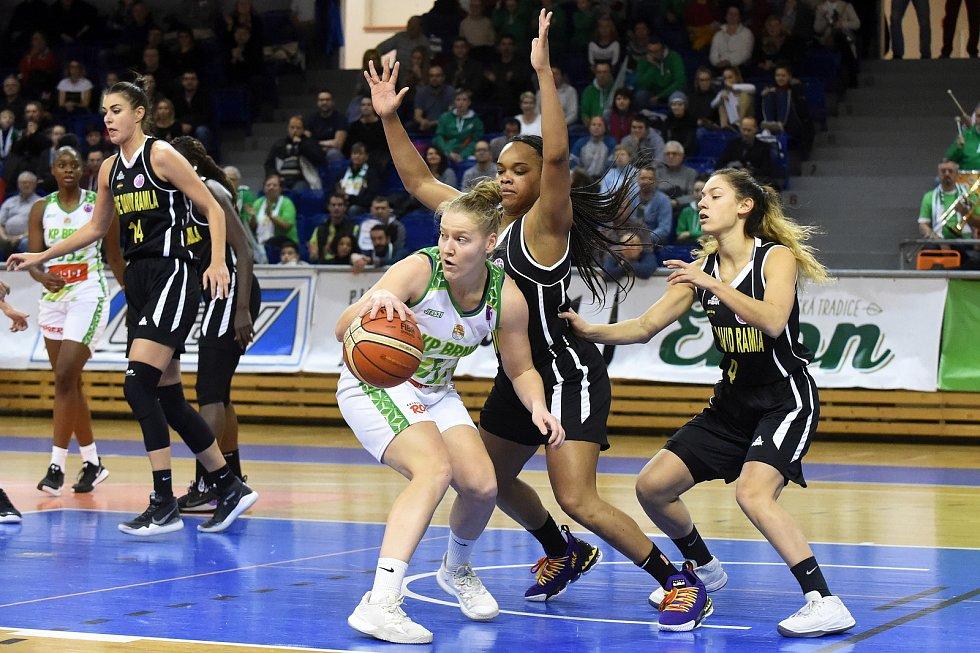 Basketbalistky KP Brno v bílém proti týmu Elitzur Ramla z Izraele