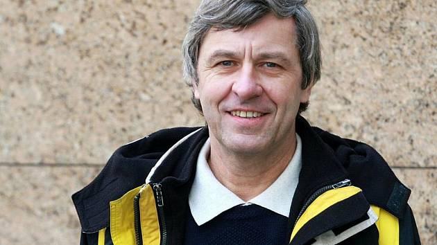 Legendární basketbalista Kamil Brabenec oslavil 4. února sedmdesáté narozeniny.