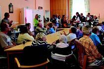 Seniory potěšili klienti sokolovského Chráněného bydlení