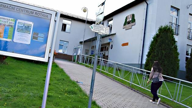 Archiv - Kvten 2017 - Oficiln strnky Msta Rotava