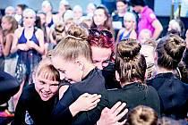 Dojetí, radost, slzy. Někdo prožíval vítězství tak, že brečel, někdo se smál. Radost byla opravdová a velká.