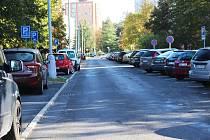 Parkování ve Smetanově ulici uleví nové parkoviště.