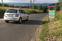 Silnice ze Sokolova do Těšovic.