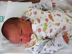 Julinka Longaverová z Kynšperka nad Ohří při narození měřila 50 cm a vážila 3,360 kg.