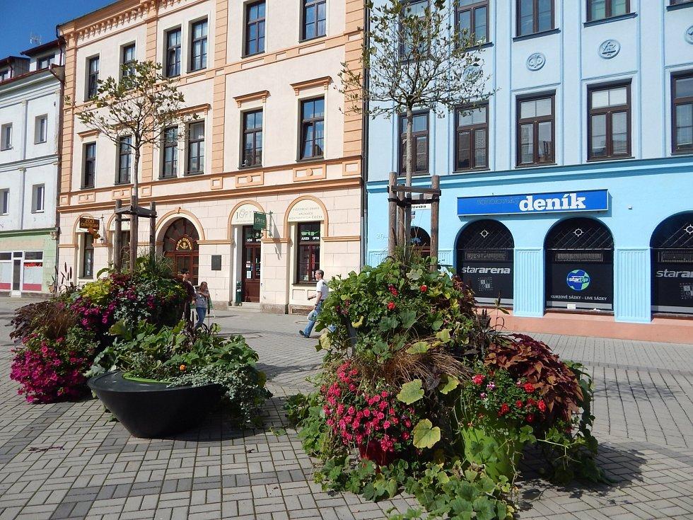 Staré náměstí v Sokolově změnilo v minulosti několikrát svůj název.