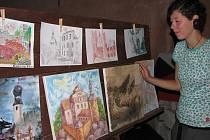 Snažení mladých umělců vyvrcholilo komorní výstavou, kde se objevily jejich nejlepší práce.