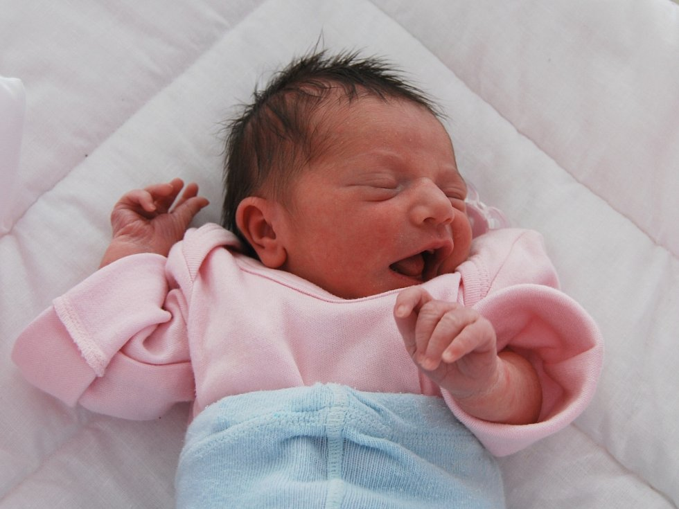 VIKTORKA ČONKOVÁ ze Sokolova se narodila 3. června