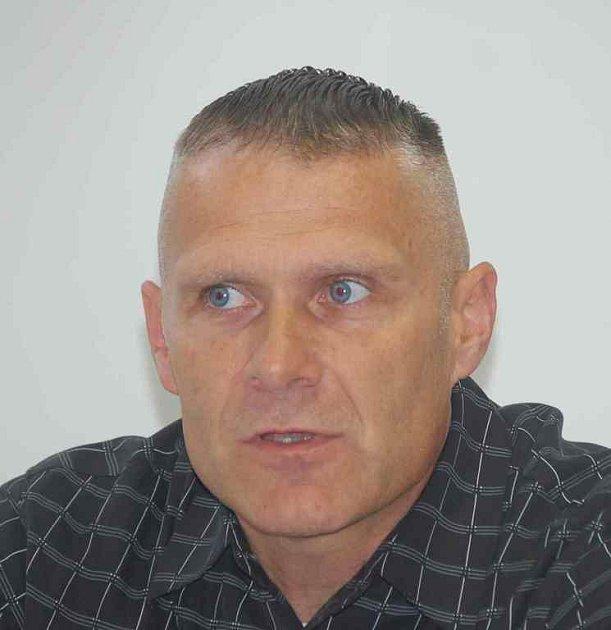 Trenér Baníku Oldřich Abrhám.