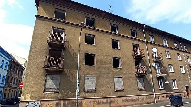 K zemi půjde i nemovitost u dopravního terminálu v Sokolově.