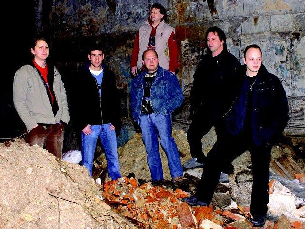 Kraslická kapela Frekvence.
