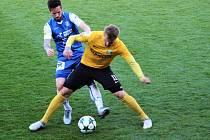 Fotbalisté Baníku Sokolov přivezli ze Znojma tři body.