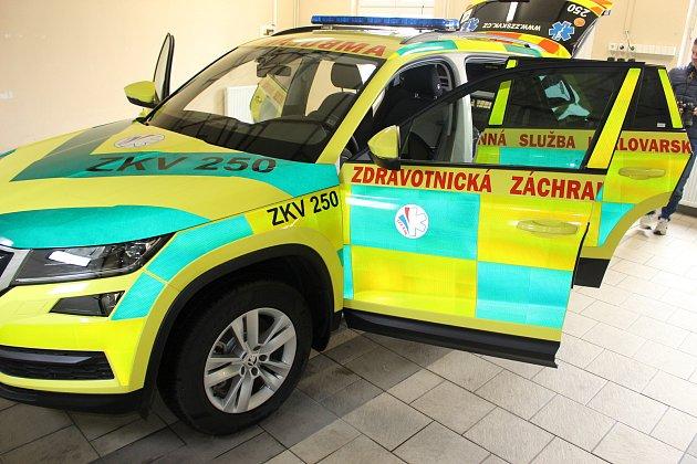 Škodu Kodiaq budou využívat zdravotníci záchranné služby vSokolově.