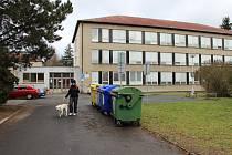 Směně budov v loňském roce předcházelo velké stěhování škol. Teď dali zastupitelé zelenou přístavbě za desítky milionů