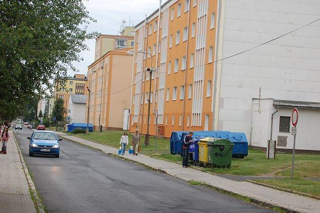 ZMĚNIT podmínky při prodeji bytů chce radnice v Rotavě. Zároveň dá dlužníkům šanci zaplatit své pohledávky osvobozené od penále nebo poplatků z prodlení.