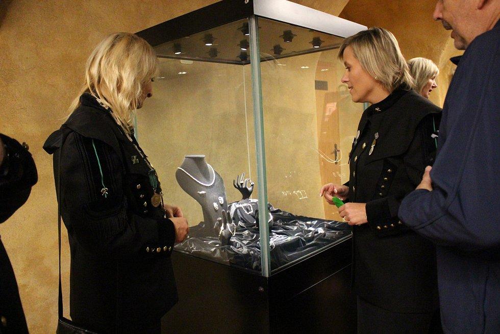 Expozice ve sklepení byla slavnostně otevřena v rámci zahájení Dnů evropského dědictví a současně v rámci oslavy Dne horníků.